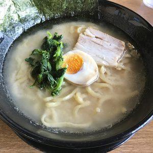 中央「オリオン餃子  甲府店」さんの豚骨醤油ラーメン(甲府まちメシブログ vol.2)