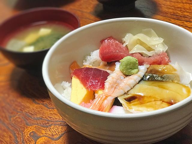 東京鮨_海鮮丼の画像